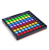 Novation Launchpad MK2 MIDI Kontrolieris