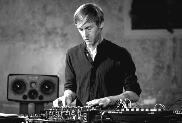 SKATIETIES: Jauna dokumentālā filma par tehnoloģijām un DJ mākslu