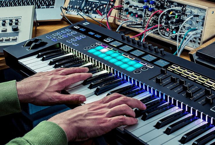 Jaunums: Inovatīva SL MK3 MIDI klaviatūra